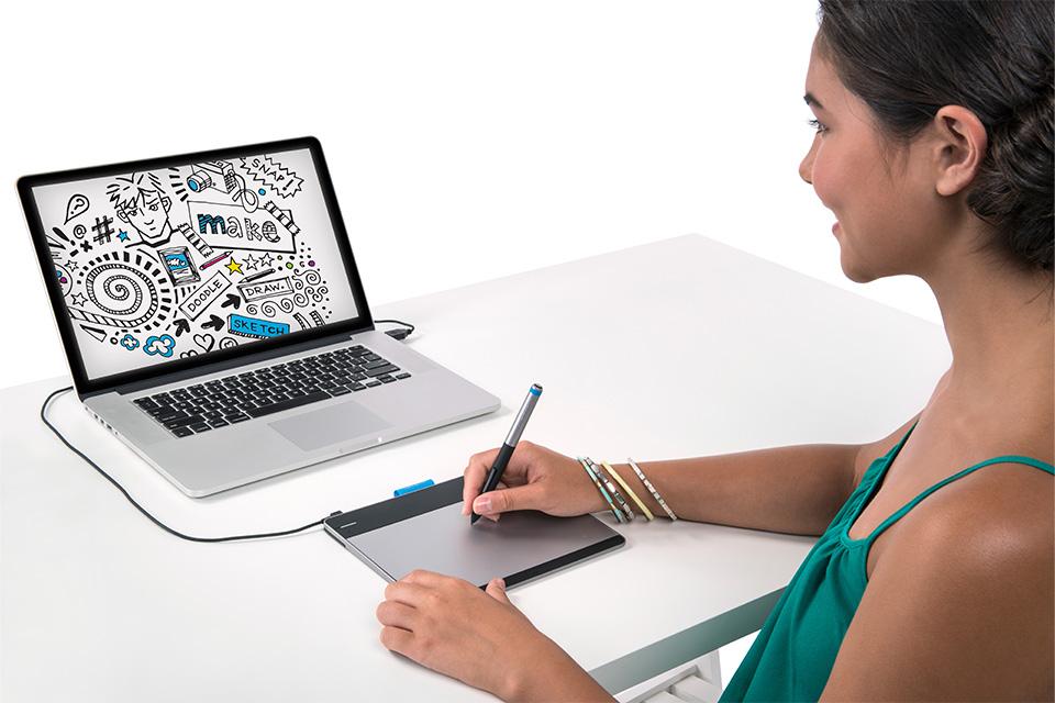 Wacom Intuos Pen Small Tableta Gráfica CTL480L